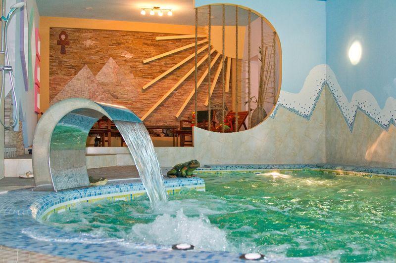 Эстет Луганск бассейн