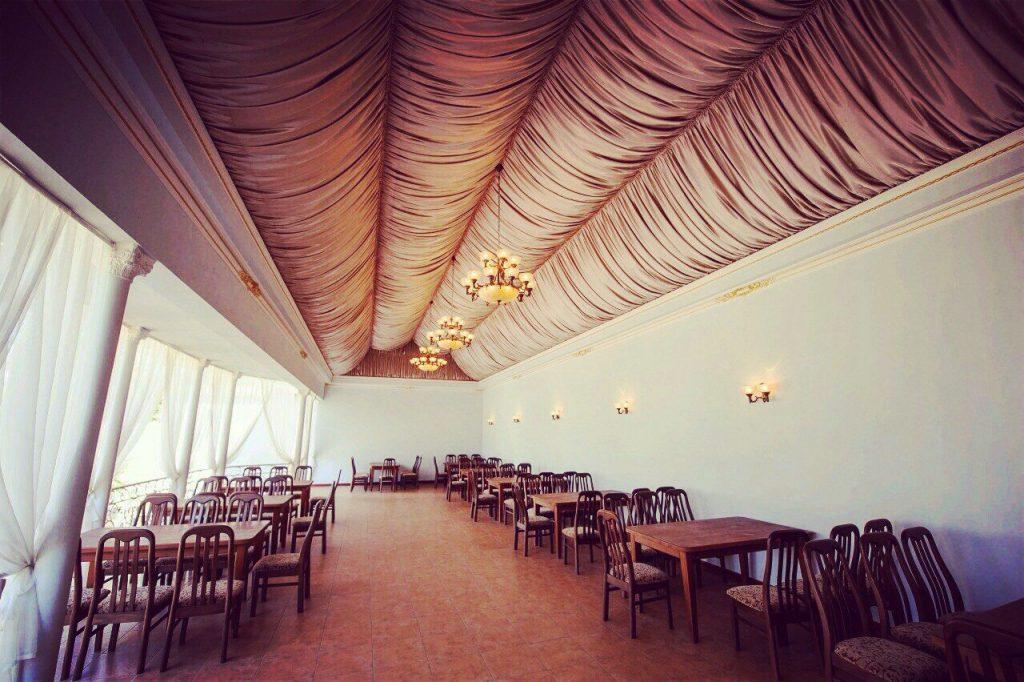 Ресторан Каспий Луганск